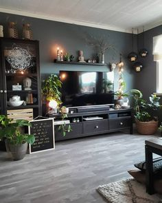 You guys, this is an happy day for me! Late l Boho Living Room, Home And Living, Living Room Decor, Living Spaces, Bedroom Decor, Cozy Living Rooms, Appartement Design, Style Deco, Living Room Inspiration