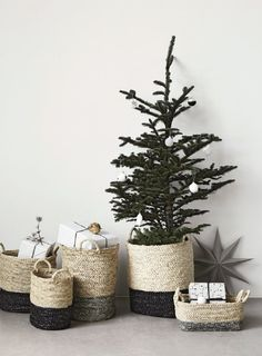 House Doctor Christmas Decoration 2014 - #Housedoctor #Christmas #Baskets, #Christmasstars, #Christmasgifts & #Design #Christmasdecorations for #ChristmasTree!
