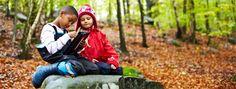 Läs om Skulltorps skola och förskola i Partille kommuns almanacka november 2013 och deras skogsäventyr med Ipaden i högsta hugg. Under utflykterna i skogsbrynet kan barnen knyta an till det mesta som har med utbildningen att göra.