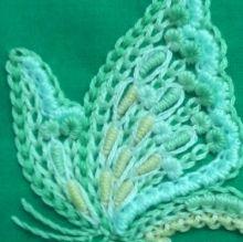 豪華!蝶の刺繍|【かんたん刺繍教室】たった6つのステッチだけでらくらく刺繍上達ブログ