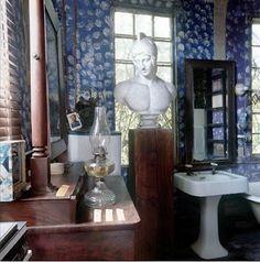 Randolph Martz's bathroom. Featured in World of Interiors.