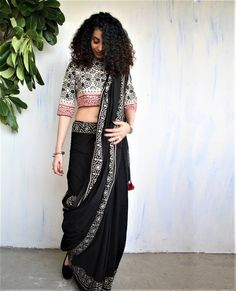 Image may contain: 1 person, standing Saree Wearing Styles, Saree Styles, Trendy Sarees, Stylish Sarees, Indian Attire, Indian Outfits, Indian Dresses, Saree Blouse Neck Designs, Blouse Patterns