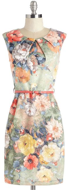 Floral patterns are lovely. Day Dresses, Casual Dresses, Fashion Dresses, Floral Dresses, Pretty Outfits, Pretty Dresses, Dress Picture, Dress Patterns, Floral Patterns