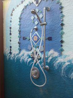 Outdoor shower mosaic Outdoor Showers, Master Shower, Garden Pool, Waterfalls, Bathrooms, Mosaic, Yard, Urban, Decoration