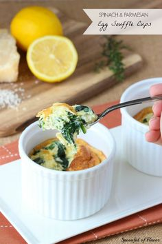 Spinach and Parmesan Egg Souffle Cups - the perfect brunch dish is packed with spinach and parmesan cheese! omit parm for nutritional yeast AIP Brunch Dishes, Breakfast Dishes, Breakfast Time, Best Breakfast, Brunch Recipes, Breakfast Recipes, Dinner Recipes, I Love Food, Good Food