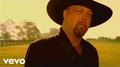 Beer for my horses Toby Keith & Willie Nelson - YouTube