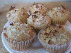 coconut oil recipes Coconut Oil Cookies, Coconut Muffins, Coconut Flour, Peanut Free Snacks, Flour Recipes, Baking Recipes, Real Food Recipes, Sweet Recipes, Paleo Baking