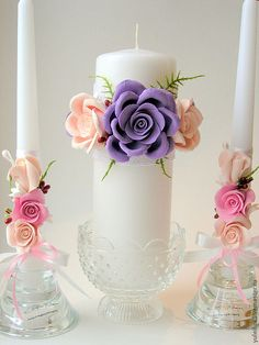 Candle styling inspiring ideas for wedding ceremonies and events; a selection styles thoughts for wedding ceremony candle centerpieces. Fancy Candles, Wedding Unity Candles, Best Candles, Diy Candles, Pillar Candles, Candle Art, Candle Lanterns, Candle Centerpieces, Beautiful Candles