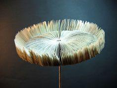 Book Art Sunflower | von Helen~Smith