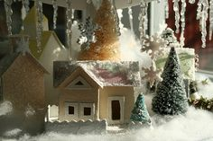 Great link for making glittered houses and links to patterens.  Also has great inspiration for Christmas card houses.  LOVE IT!