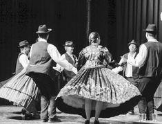 Folklore, Victorian, Dresses, Fashion, Germany, Vestidos, Moda, Fashion Styles, Dress