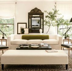 10 Tips How To Build A Lightweight House Decoration Design - Classic Western European Interiors. New Trends. The Best of home decoration in Living Room Interior, Home Living Room, Interior Design Living Room, Living Room Designs, Living Room Decor, Living Spaces, Interior Colors, Interior Livingroom, Living Area