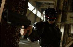 Assista ao segundo trailer de Robocop | S1 Notícias