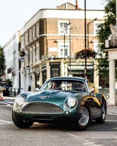 Starting Friday in style in an Aston Martin DB4 Zagato.