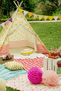 Elsie's first birthday/ picnic/ teepee