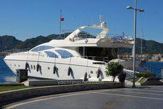 Luxury yacht charters - http://www.lomondyachts.com/