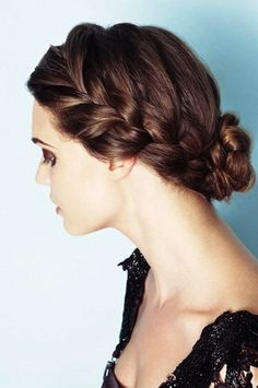 Such an elegant look that feels like it comes from another time! Try this for your Las Vegas wedding! Find your hair and makeup artist at http://www.bridalspectacular.com