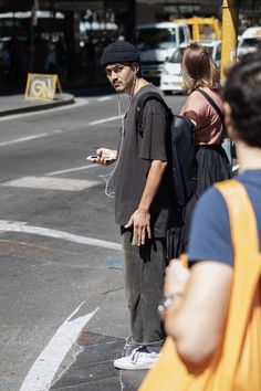 Glyphs — Men's Street Style : Cords. Mens Fashion Blog, Look Fashion, Fashion Outfits, Fashion Trends, Skate Fashion, Sup Girl, Vetement Fashion, Street Style Blog, Skate Style