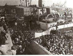 Desembarco de material bélico ruso en el puerto de Barcelona.