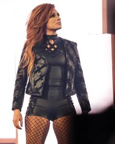 The women are main eventing WrestleMania Here We Go Becky Lynch Wrestling Divas, Women's Wrestling, Wrestling Stars, Becky Wwe, Wwe Girls, Wwe Ladies, Wrestlemania 35, Wwe Pictures, Wwe Women's Division