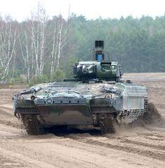 Army Vehicles, Armored Vehicles, Puma Ifv, Armored Fighting Vehicle, Battle Tank, World Of Tanks, German Army, Cool Tech, Modern Warfare