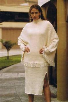 #Kombination aus #Poncho #Pullover mit geschlitztem #Rock, #Pima #Baumwolle