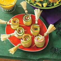 kleine heksenhoedjesgrappig traktaties pinterest ritz crackers heks hoeden en halloweensnoepjes - Halloween Healthy Food