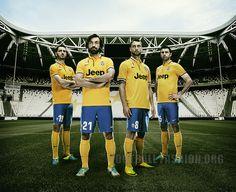 Juventus 2013/14 Nike Away Kit