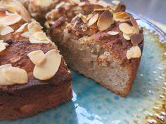 Low Carb Rezepte von Happy Carb: Mandel-Spekulatius-Kuchen - Weihnachtliche Aromen mag ich gerne auch schon im November.