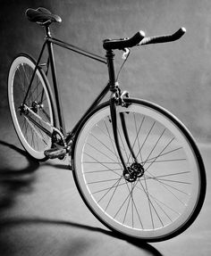 /by Joan R. Bellido #flickr #fixie
