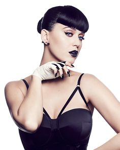 It's almost surprising to us that Katy Perry hasn't created her own makeup collection yet. The CoverGirl spokeswoman is famous for reinventing her look over and over, so it would make sense that she'd dream up some killer makeup...