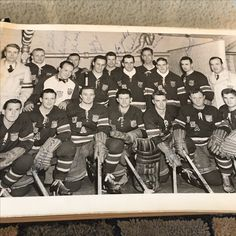 Team picture with Arnold Oss and the 1952 Olympic silver medal team.