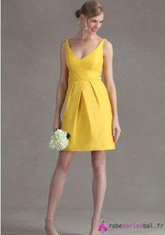 Sans manches ruchés Mini en Satin de mariée robe Empire BD410