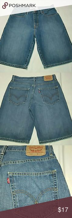 Men's- Levi's 569 Loose Straight Shorts W31 These 569 loose straight jeans shorts by Levi's are a size 31 and are made of 100% cotton. They have a 12 inch rise and 11 inch inseam. No holes, stains or fraying. Levi's Shorts Jean Shorts
