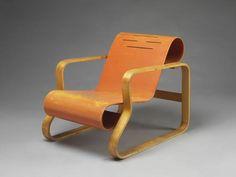 Leicht, robust und billig: Sperrholz-Ausstellung in London - [ART]