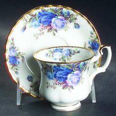 .Royal Albert Vintage cup & saucer.