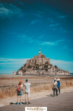 21 Best Day Trips from Paris - Normandy, Loire Valley, Champagne . Mont Saint Michel France, Le Mont St Michel, In Dubai, Travel Around The World, Around The Worlds, Day Trip From Paris, Beautiful Castles, Beautiful Places, Beaux Villages