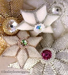 Beading pattern / tutorial. Beaded star. by lesleyleewiggins