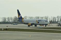 Azur Air Ukraine Boeing 737-8Q8 - cn 28226 / 77 UR-UTP First Flight 09. Jul 1998 Age 17.8 Years Config Y189 Engines 2x CFMI CFM56-7B26 KIEV Boryspil International Airport IATA:KBP – ICAO:UKBB