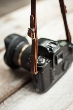 Genuine Leather DSLR Camera Strap Made in the от AuthenticSundry #DslrCameras