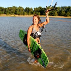 We are the top awesome and fascinating kite boarding school site for your enjoyment and enjoyment. We are the largest online selection of kite surfing equipment, snow kitting and land kitting equipment.