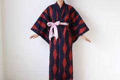 Etsy のdark blue kimono, ikat kimono, Japanese kimono, wool, vintage kimono duster /1547(ショップ名:LitreJapan)