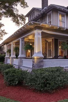 1910 Craftsman For Sale In Jacksonville Florida — Captivating Houses - - Craftsman Bungalow Exterior, Craftsman Interior, Craftsman Style Homes, Craftsman Bungalows, Craftsman House Plans, Modern House Plans, Jacksonville Florida, Carlo Scarpa, Autocad