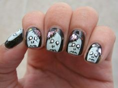 <img> Check out these zombie nails from Kasey C. Maybe being a zombie wouldn't be that bad if we had glitter for brains. Halloween Zombie, Halloween Nail Art, Halloween Ideas, Halloween Costumes, La Nails, Pedicure Nails, Cute Nails, Pretty Nails, Zombie Nails