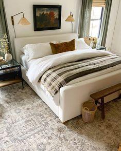 Home Bedroom, Master Bedroom, Bedroom Decor, Serene Bedroom, Bedroom Interiors, House Of Chic, Old Room, Guest Bedrooms, Beautiful Bedrooms