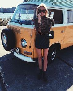 Claartje Rose, Dutch blogger, panter shirt, ganni, black skirt