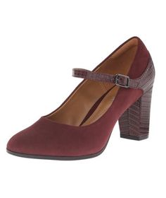 """Clarks Bavette Dress Pump   Ditch the """"commuter flats"""" and banish bandages from your bag—these pretty pairs won't cramp your style (or your feet)."""