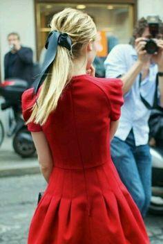 LRD (Little Red dress)