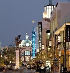 The Grove- Los Angeles California
