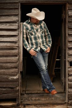 Tate Stevens Flannel Shirts, Country Singers, My Favorite Music, Songs, People, Style, Swag, Flannel Shirt, Song Books